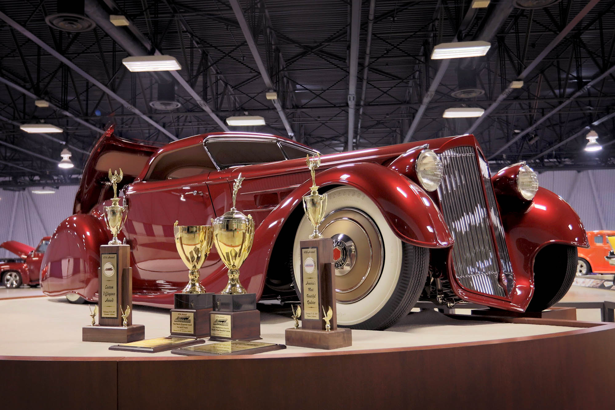 MULLHOLLAND SPEEDSTER AWARDED THE CUSTOM DELEGANCE AT THE TH - Car show in sacramento this weekend